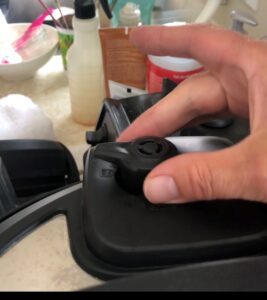 steam release handle is at sealing on instant pot